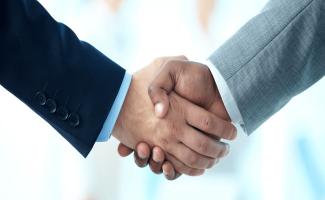 Nomination et V02 Group associent leurs forces afin d'apporter à leurs clients une solution de nettoyage et d'enrichissement de données CRM