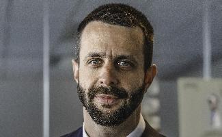 Julien Geffard, directeur commercial monde Peugeot Motocycles